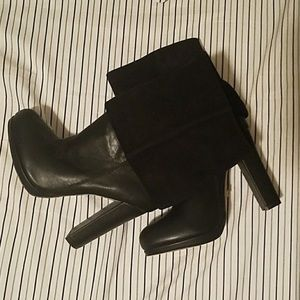 Black fold over 7.5 suede leather Boots